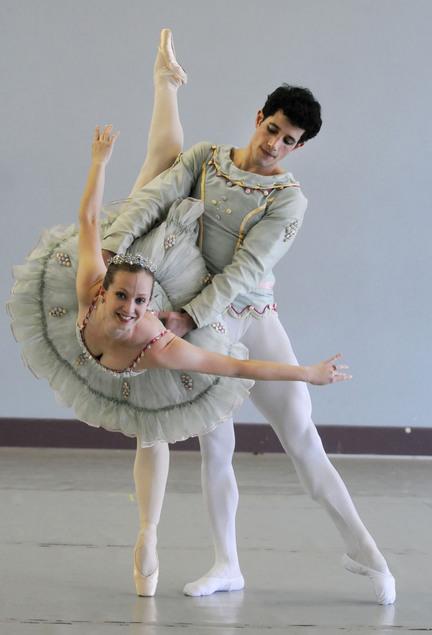 Ballet Assaf Benchetrit 091130